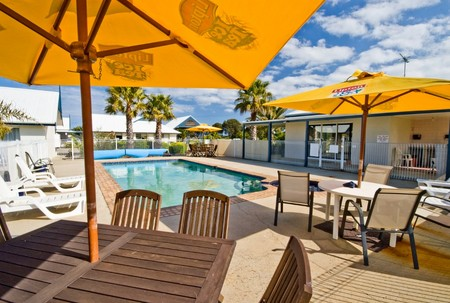 Torquay Tropicana Motel - WA Accommodation