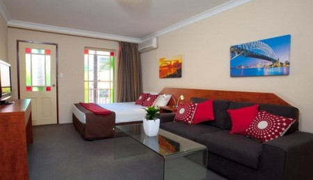 Central Railway Hotel - WA Accommodation