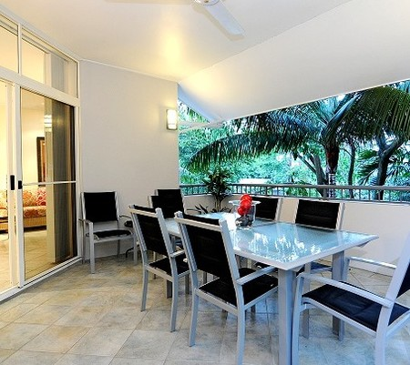Oasis At Palm Cove - WA Accommodation