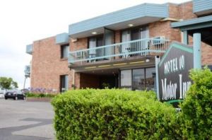 Motel 10 Motor Inn - WA Accommodation