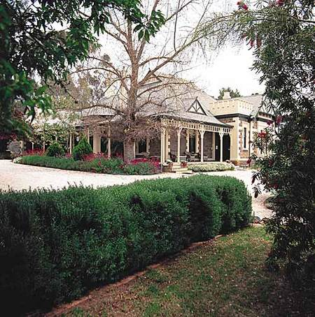 The Lodge Country House - WA Accommodation