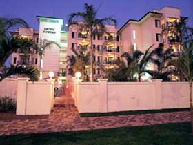 Tropic Towers Apartments - WA Accommodation