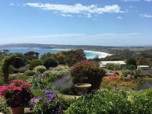 Emu Bay Holiday Homes - WA Accommodation