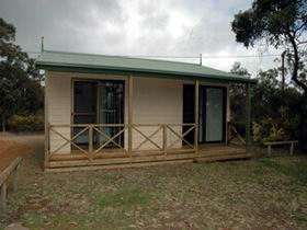 Parndana Hotel Cabins - WA Accommodation