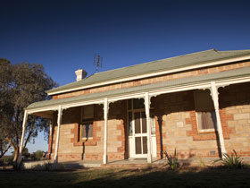 Nuccaleena Cottage - WA Accommodation