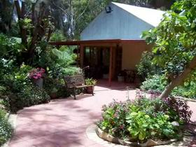 Rainforest Retreat - WA Accommodation