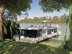 Moving Waters Self Contained Moored Houseboat - WA Accommodation