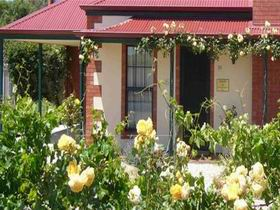Wine And Roses Bed And Breakfast - WA Accommodation