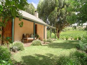 Seppeltsfield Vineyard Cottage - WA Accommodation