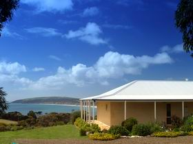 Seascape Lodge on Emu Bay - WA Accommodation