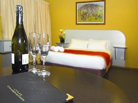 Victoria Hotel - Strathalbyn - WA Accommodation