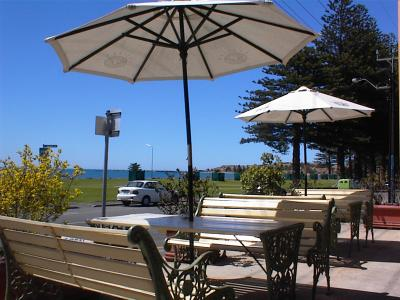 Anchorage at Victor Harbor Seafront Hotel