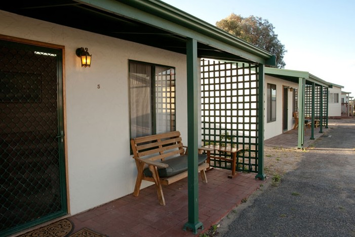 Moonta Bay Road Cabins and Cottages - WA Accommodation