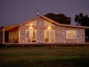 Sea Stone Cottage - WA Accommodation