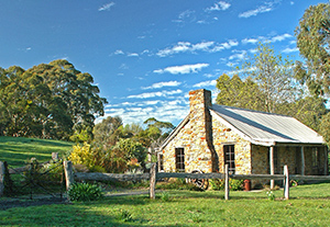 Adelaide Hills Country Cottages - Gum Tree Cottage - WA Accommodation