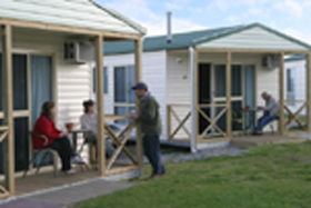 Discovery Holiday Parks Devonport Cosy Cabins - WA Accommodation