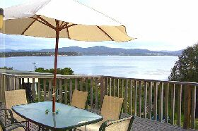 Waterfront on Georges Bay - WA Accommodation