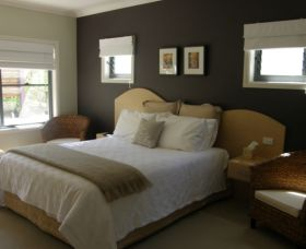 CeeSpray on Owen Bed and Breakfast - WA Accommodation