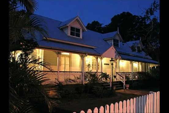 Bli Bli House Riverside Retreat  - WA Accommodation