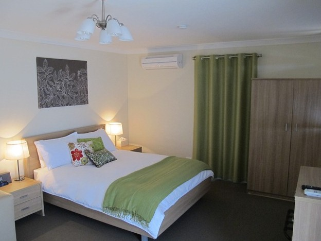 West Wing Guest House - WA Accommodation