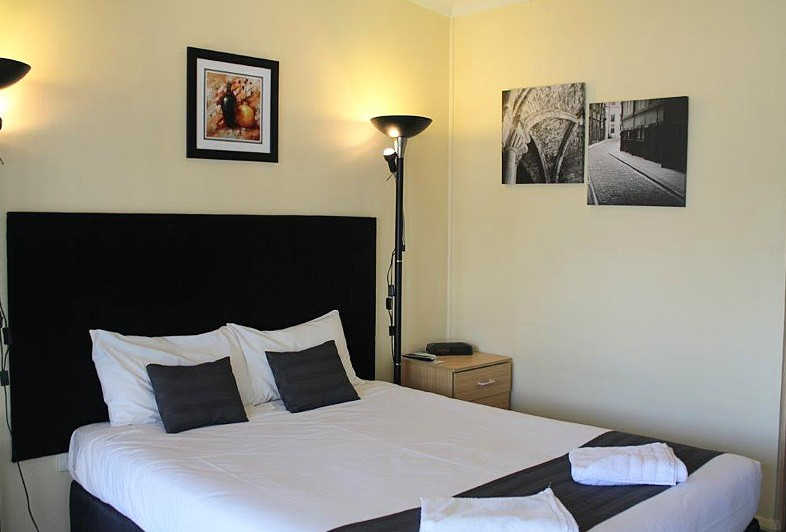 Taree Highway Motor Inn - WA Accommodation