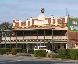 Commercial Hotel Barellan - WA Accommodation