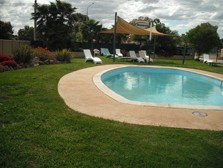 Motel Meneres - WA Accommodation