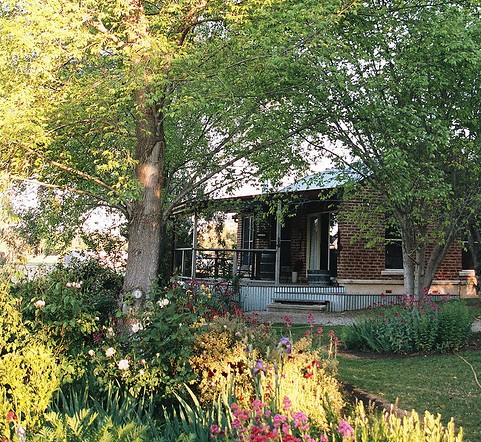 Amazing Country Escapes - Evanslea By The River - WA Accommodation