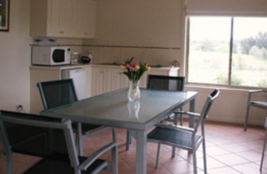 Burns B and B and Yabby Farm - WA Accommodation
