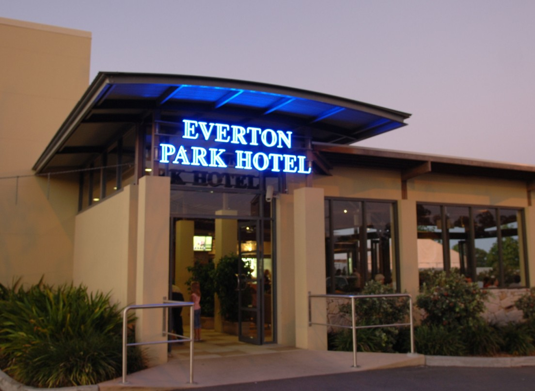 Everton Park Hotel - WA Accommodation