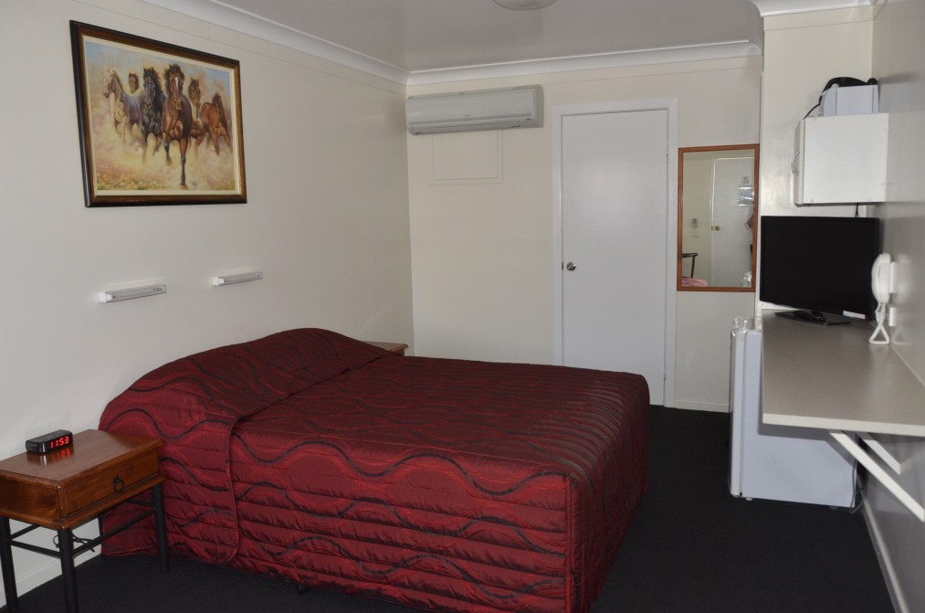 Waltzing Matilda Motor Inn - WA Accommodation