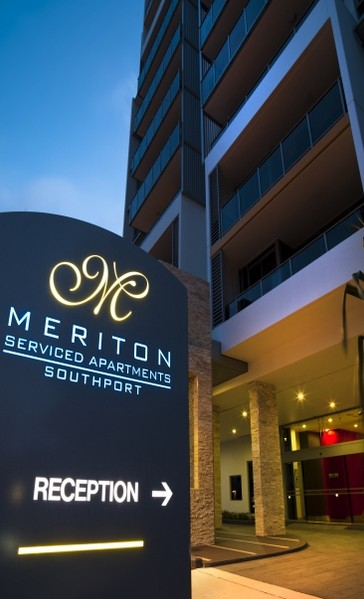 Meriton Serviced Apartments Southport - WA Accommodation