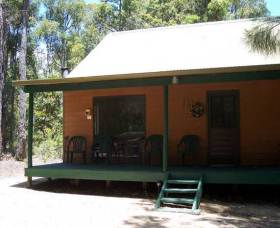 Loose Goose Chalets - WA Accommodation
