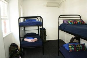 Zing Backpackers Hostel - WA Accommodation