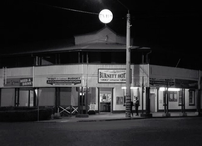 Burnett Hotel - WA Accommodation