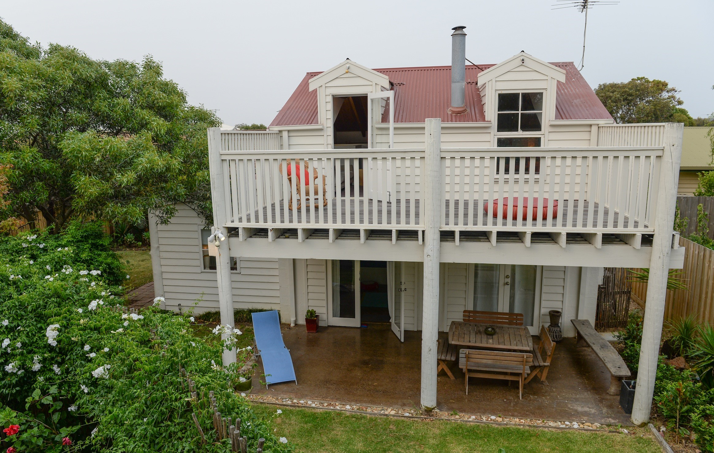 Surfers Palace Torquay - WA Accommodation
