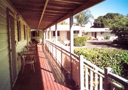 Bottle Tree Gardens Motel - WA Accommodation