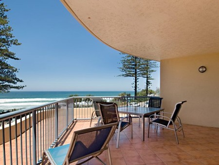 Coolum Baywatch Resort - WA Accommodation