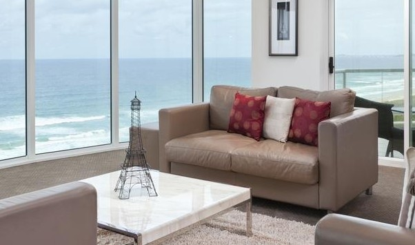 Mint Broadbeach - WA Accommodation