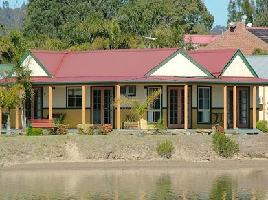 Coachhouse Marina Resort Batemans Bay - WA Accommodation