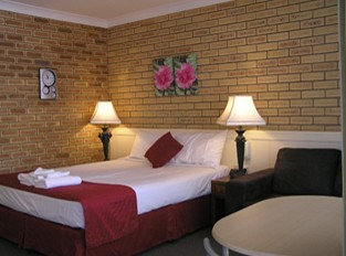 Blue Violet Motor Inn - WA Accommodation