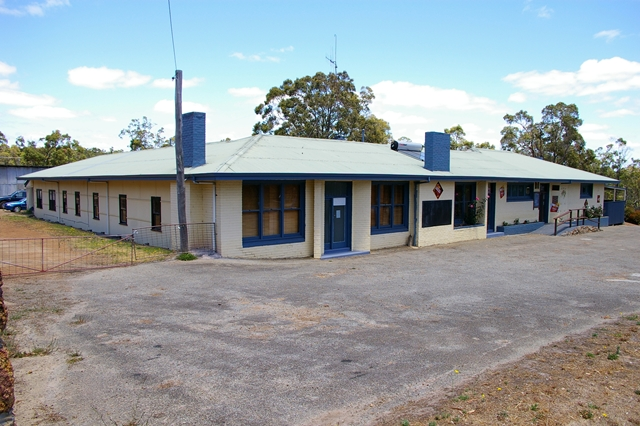 Rocky Gully Pub - WA Accommodation