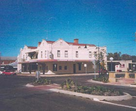 Namoi Hotel Motel - WA Accommodation