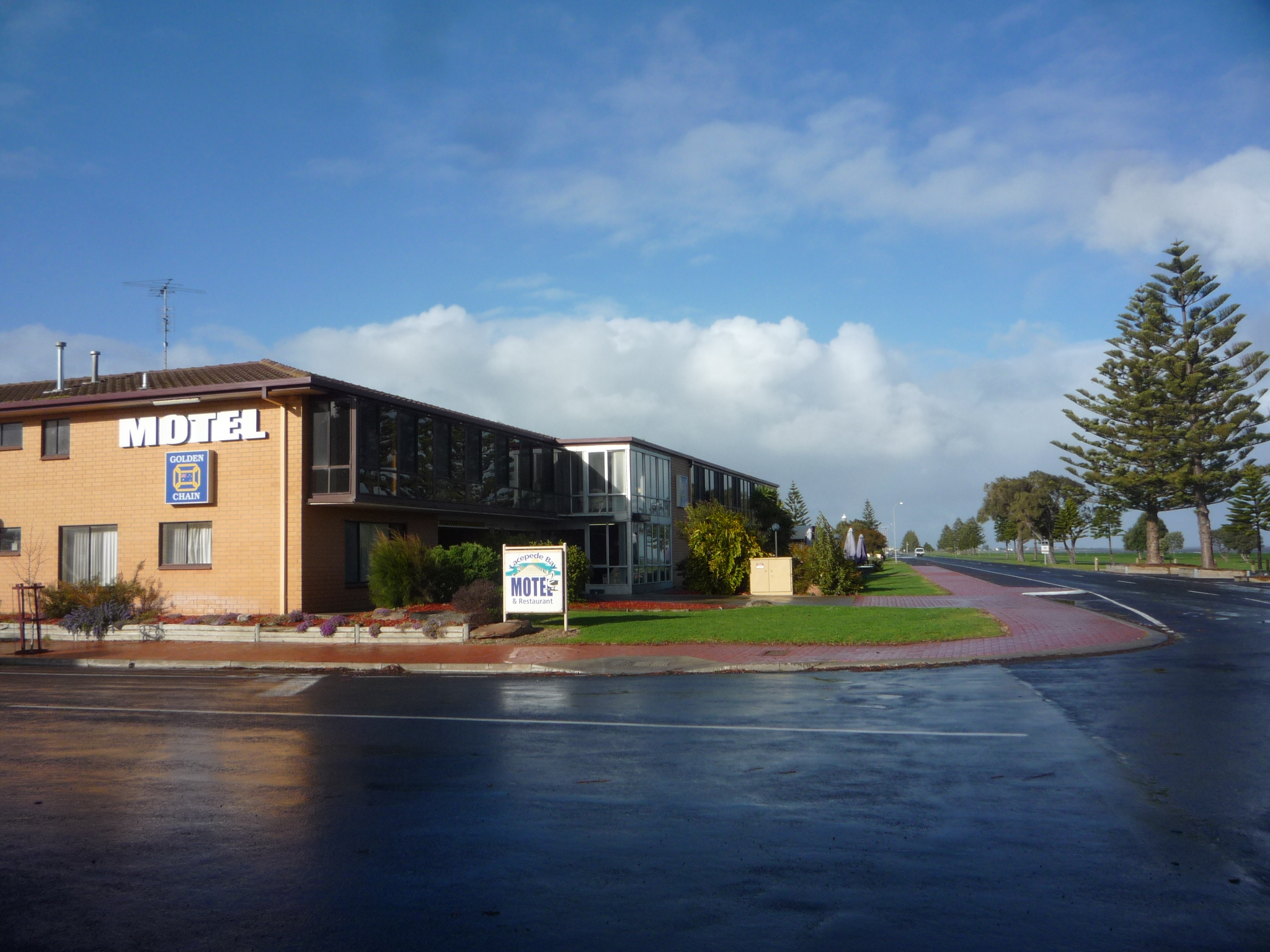 Lacepede Bay Motel And Restaurant - WA Accommodation