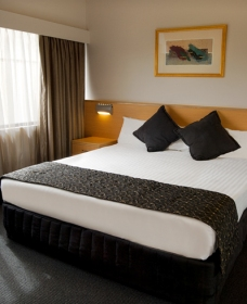 Chifley Penrith Panthers - WA Accommodation