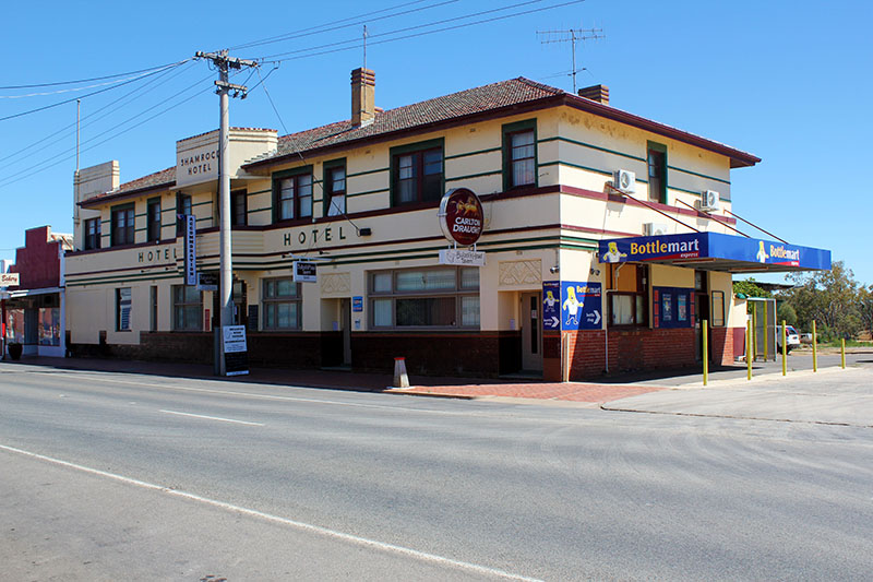 Bullocks Head Tavern - WA Accommodation