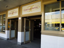 Heritage Hotel Penrith - WA Accommodation