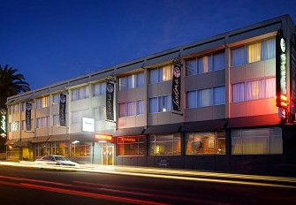Sandors On The Park - WA Accommodation