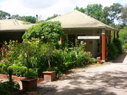Treetops Bed And Breakfast - WA Accommodation