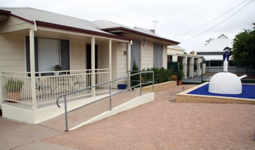 Executive Holiday Rental - WA Accommodation